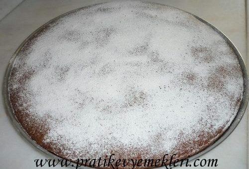 Çaylı ve Kakaolu Kek