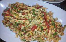 Fıstıklı Tavuk Salatası