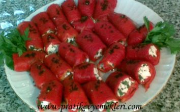 Peynirli Kırmızı Biber Sarma