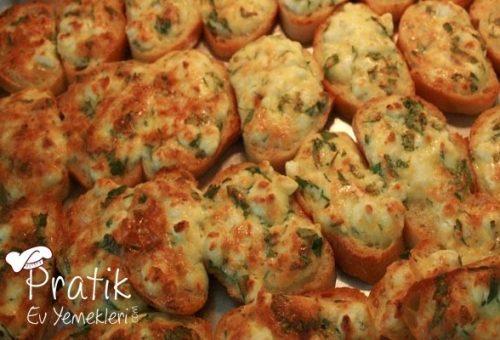 Peynirli ve Yumurtalı Ekmekler
