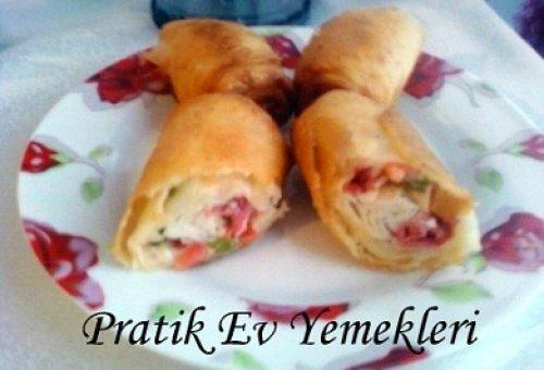 Sosisli Paçanga Böreği